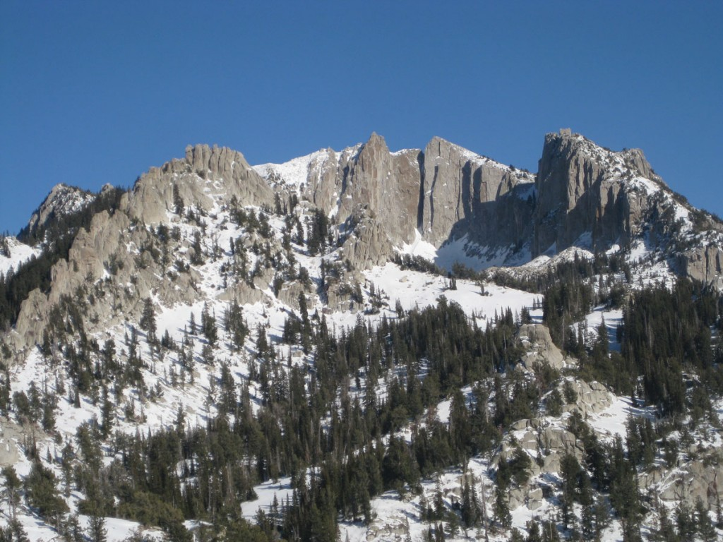 A closer look at the granite cliffs in the cirque.