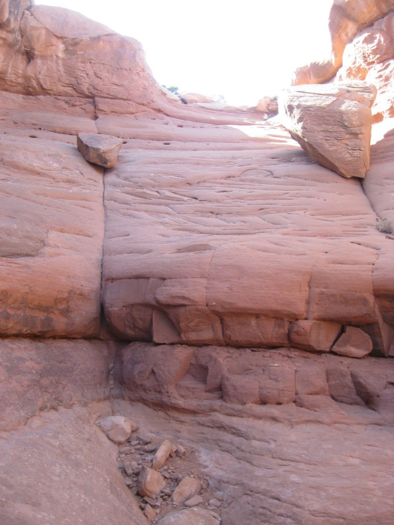 The first, very short rappel that I downclimbed.